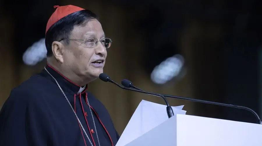 """Caminos de Fe: Cardenal Charles Maung Bo de Myanmar propone """"10 mandamientos de la paciencia"""""""